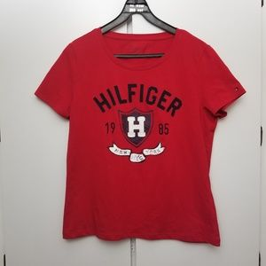 NWOT Tommy Hilfiger Sown-in Logo Tee